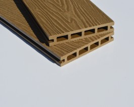 Natural Wood | Oak | Deep Wood Grain Composite Decking SAMPLE | WPC